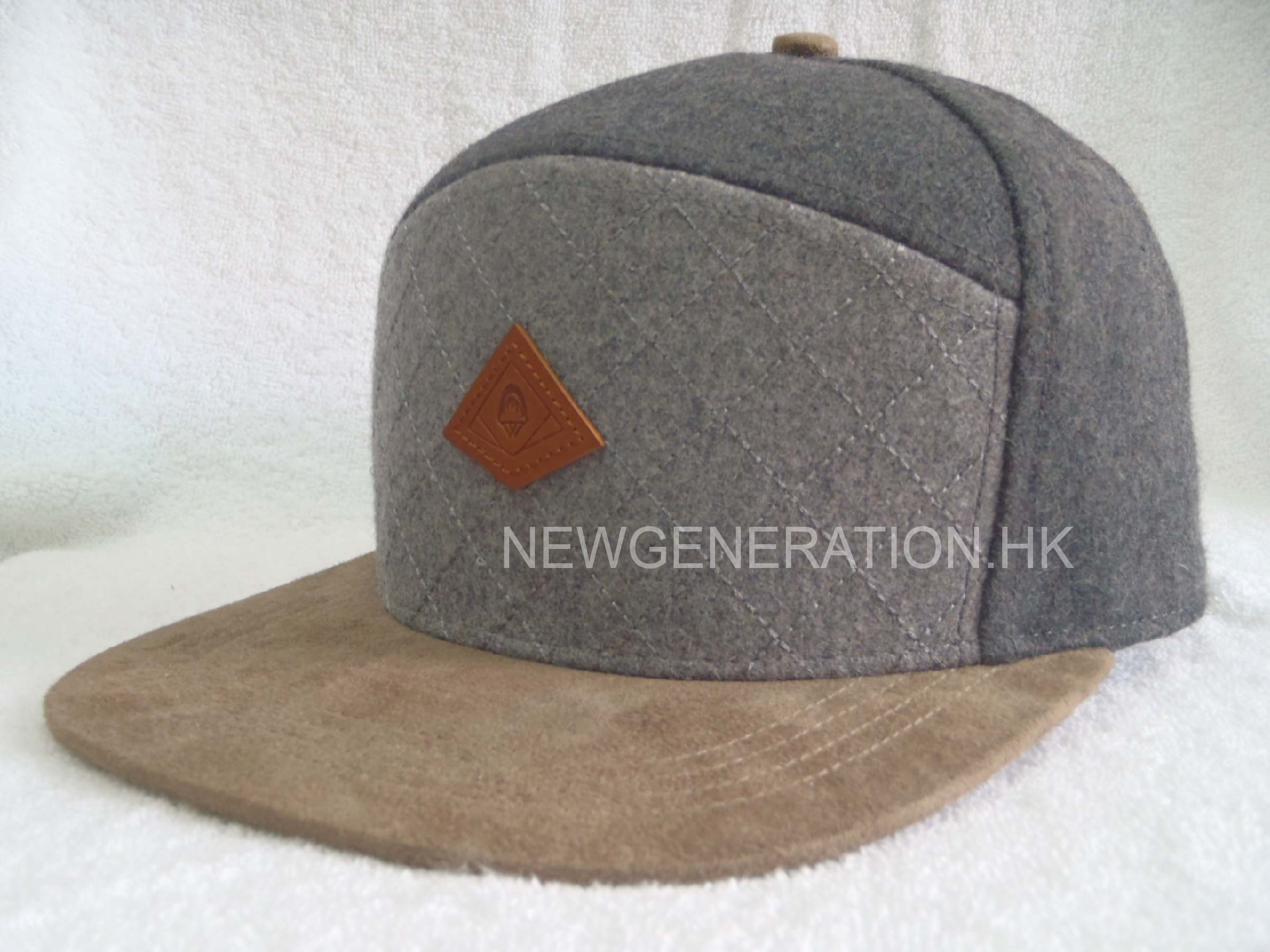 7a9b38951d9a9 Wool Blend 5 Panel High Profil Strapback Cap With Debossed Leather Patch