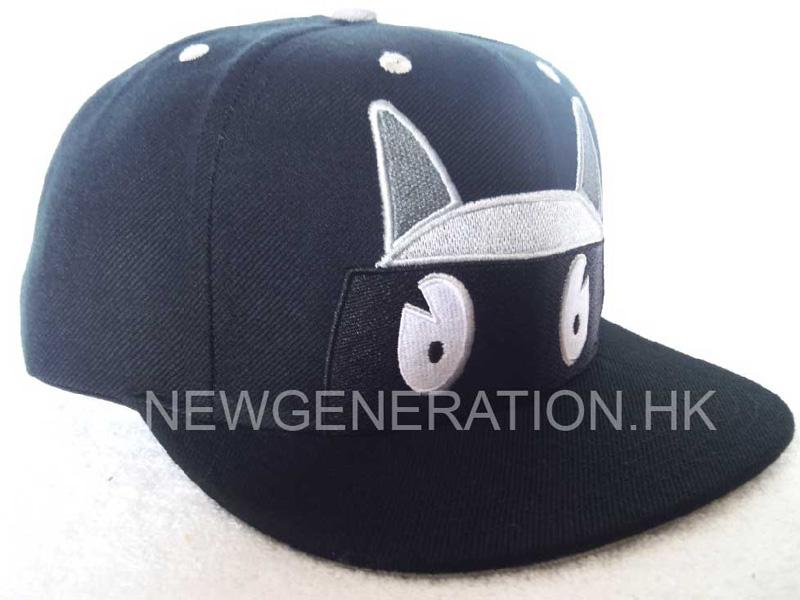 Acrylic Snapback Cap With Flat Embroidery1