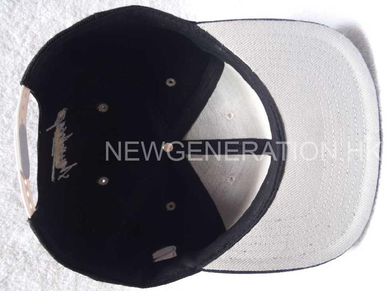 Acrylic Snapback Cap With Flat Embroidery4