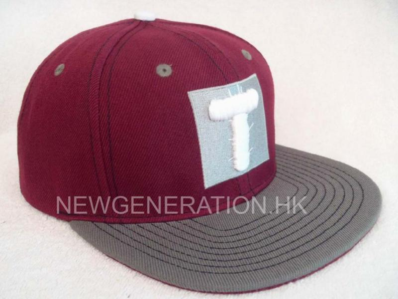 Acrylic Snapback Cap With Flat Embroidery Logo1