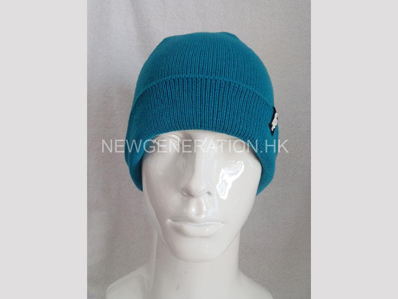 Acrylic Beanie With Rubber Patch3
