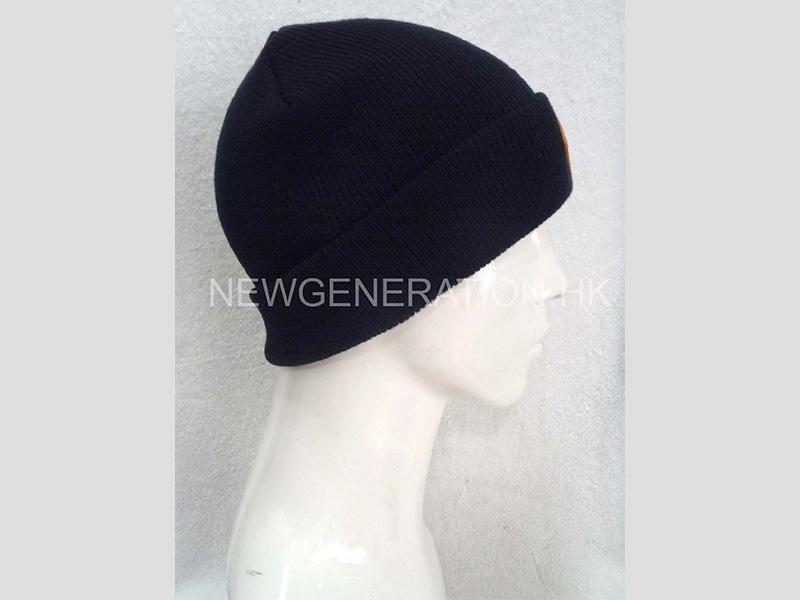 Acrylic Beanie With Leather Patch2