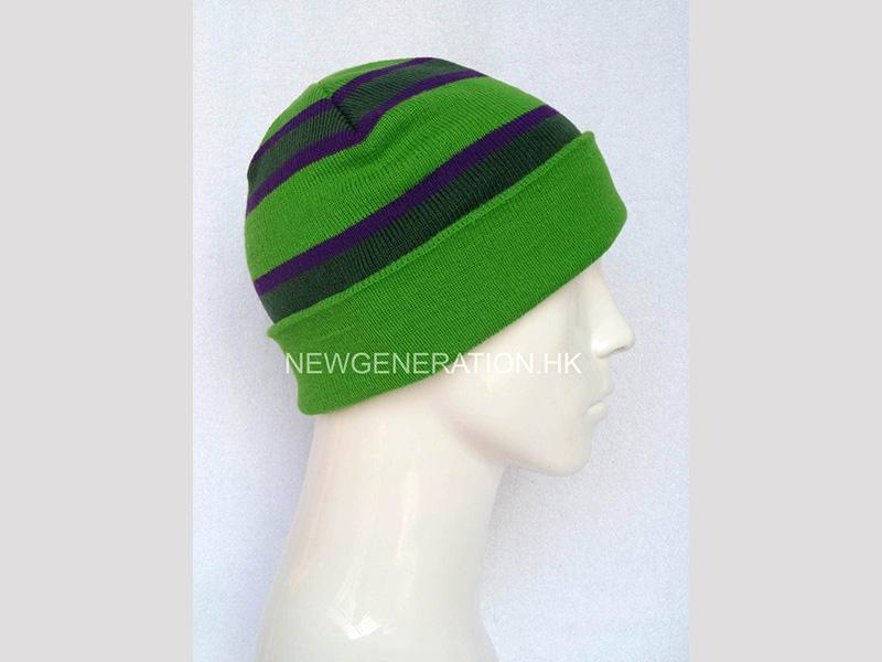 Tuque With Jacquard Stripes And Custom Label2