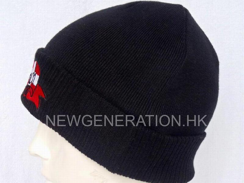 Acrylic Beanie With Embroidery Logo3